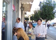 2010/10/24: Β. Χατζηλάμπρου, Κ. Τερλεπάνης και Δ. Μπαξεβανάκης κατά την περιοδεία στον Πύργο.