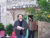 2010/11/02: Ο Β. Χατζηλάμπρου και ο υποψήφιος περιφερειακός σύμβουλος Μ. Αξιώτης κατά την περιοδεία στη ΔΕΥΑΠ.