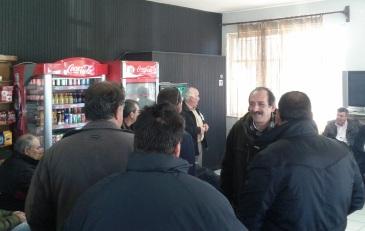 2013/02/11: Απο τη συσκεψη στην οποια καλεσαν τους βουλευτες οι αγροτες της Δυτικης Αχαϊας