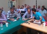 """2013/04/29: Ο Β. Χατζηλαμπρου και ο δημοτικος συμβουλος του ΣΥΡΙΖΑ Φ. Βαρδαλος στο δημοτικο συμβουλιο Αιγιου με θεμα τον ΧΥΤΑ """"Παπανικολου"""""""