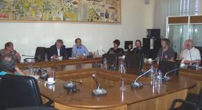 2013/04/30: Θ. Δριτσας και Β. Χατζηλαμπρου στη συναντηση του ΣΥΡΙΖΑ-ΕΚΜ με εκπροσωπους γερμανικων συνδικατων στη Βουλη