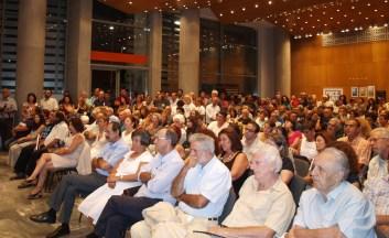 2013/09/06: Απο την εκδηλωση του συντονιστικου πολιτων και φορεων SOSτε το Νερο, που κινητοποιειται εναντια στην ιδιωτικοποιηση της ΕΥΑΘ