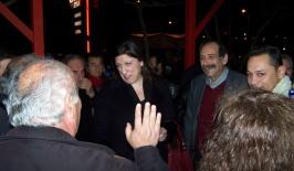 2014/02/09: Ζ. Κωνσταντοπουλου και Β. Χατζηλαμπρου στο αγροτικο μπλοκο στον κομβο της Κατω Αχαγιας