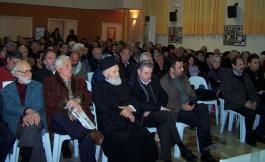 2014/03/08: Απο τη συνελευση των κατοικων στις Καμαρες μετα τη δημοσιοποιηση της εκθεσης των ελεγκτων για το ΧΥΤΑ Παπανικολου