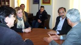 2014/04/01: Απο τη συναντηση με τον διοικητη του νοσοκομειου Πυργου. Απο αριστερα: Δ. Μπαξεβανακης, Δ. Καλακου, Β. Χατζηλαμπρου