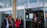 2014/04/10: Β. Χατζηλαμπρου, Κ. Κουστας και το κλιμακιο της Αντιστασης Πολιτων στο υποκαταστημα του ΙΚΑ στο Μεσολογγι