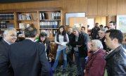 2014/04/30: Απο την επισκεψη του κλιμακιου της Αντιστασης Πολιτων Δυτικης Ελλαδας στον πρυτανη του Πανεπιστημιου Πατρων Γ. Παναγιωτακη