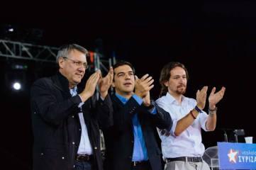 2014/10/05: Φεστιβαλ Ν. ΣΥΡΙΖΑ - Εκδηλωση με θεμα «Συμμαχια για την ανατροπη στην Ευρωπη». Απο αριστερα: Maurizio Landini, γενικος γραμματεας της FIOM (Ιταλια), Αλεξης Τσιπρας, Pablo Iglesias, ευρωβουλευτης των Podemos (Ισπανια)