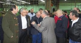 2015/02/03: Απο την επισκεψη του Β. Χατζηλαμπρου μαζι με κυβερνητικο κλιμακιο του ΥΠΕΘΑ στο εργοστασιο της ΕΒΟ
