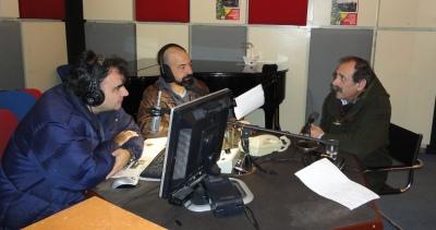 2015/02/12: Στο στουντιο της ΕΡΑ Πατρας, με τους Γ. Παντελοπουλο και Αγγ. Κωνσταντινου, ανημερα της Τσικνοπεμπτης